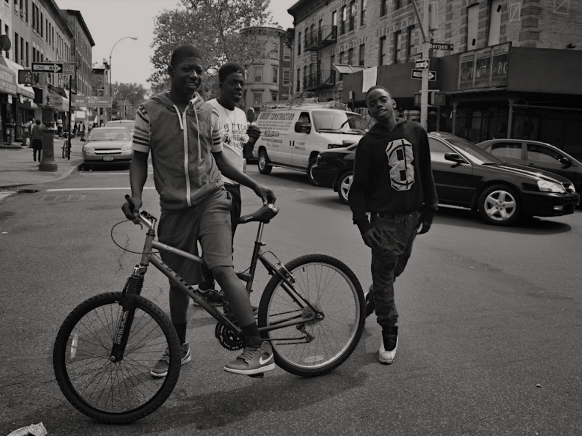 Mladí z Crown Heights.